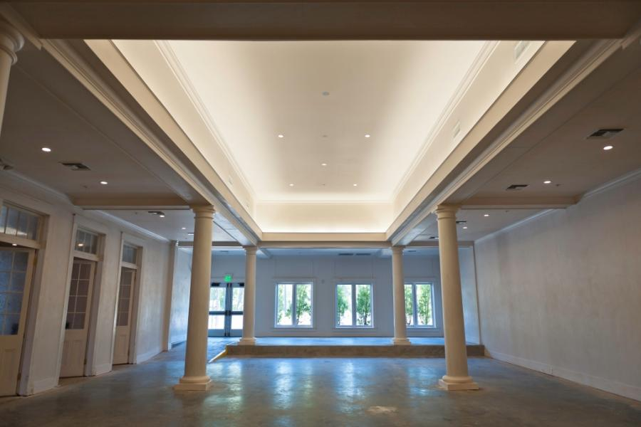 The White Pillars Biloxi Ms Comvest Properties Llc